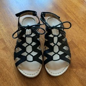Naturalizer sandals size 5